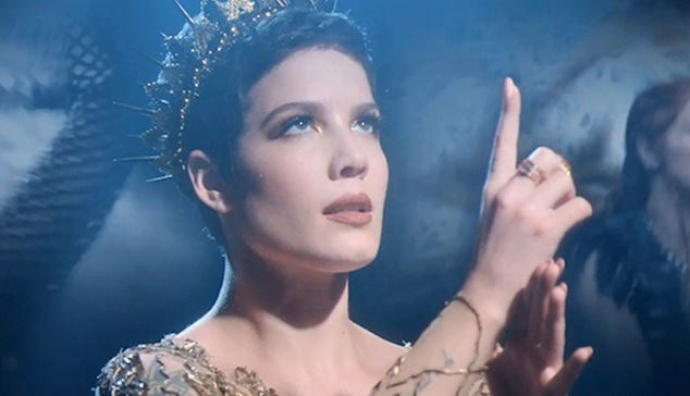 "Halsey's ""Castle"" Lyrics Meaning - Song Meanings and Facts"